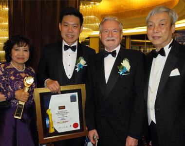 award-brandlaureate2017