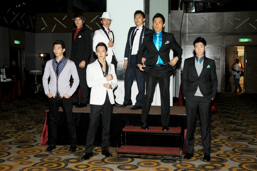 NTV7 The Perfect Gentlemen Top 16
