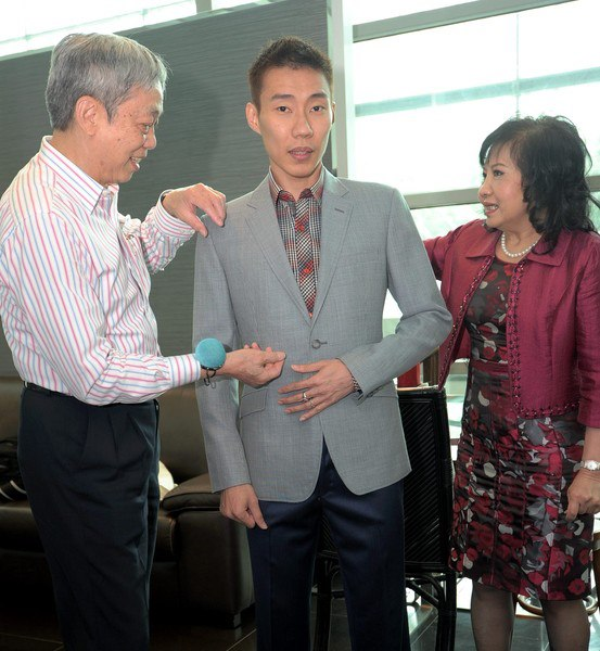 Datuk Lee Chong Wei chooses Lord's Tailor for wedding suits