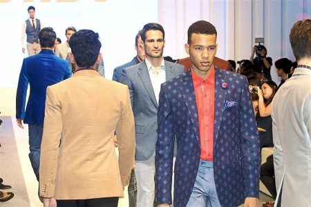 The Star Online: Lord's Tailor showcases lightweight shirts, jackets and pants at Pavilion Pitstop 2015